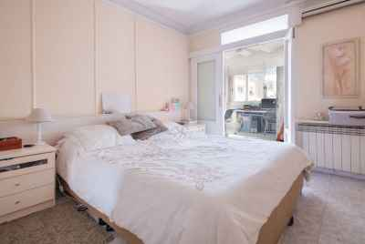 Apartment to reform in a wonderful area of Barcelona